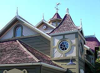Winchester Mystery House - Mention